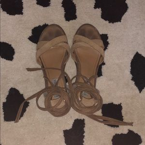 Steve Madden lace up sandals size 7